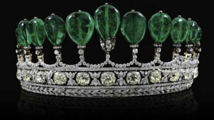 Ancient Emerald Crown