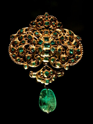 Ancient Emeralds Brooch