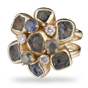 diana-widman-25-ring-18kt-gold-montana-sapphire-crystals-faceted-sapphires-diamonds