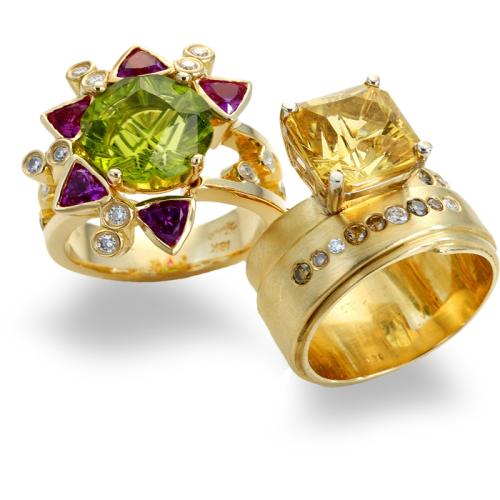 diana-widman-77-ring-18k-gold-peridot-heliodor-sapphire-diamond