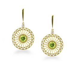 ellie-thompson-27-earrings-18k-yellow-gold-peridot