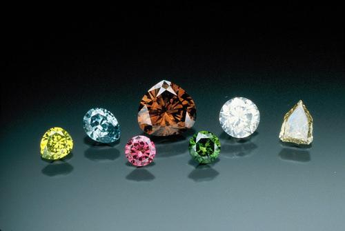 Investing in Colored Diamonds 2