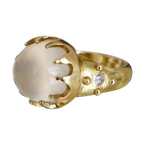 ana-cavalheiro-24-ring-18k-yellow-gold-white-moonstone-white-sapphire