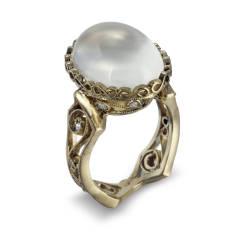 cathy-carmendy-18-ring-20-kt-yellow-gold-moonstone-diamond