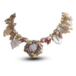 jewels-by-design-30-necklace-rose-gold-white-gold-pearls-diamond.jpg