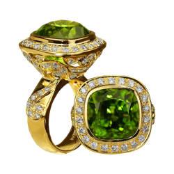 paula-crevoshay-87-ring-18k-yellow-gold-peridot-diamond