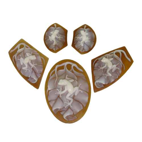 Frog on Leaves - 5 pieces Cameo Suite