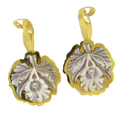 rainforest-designs-41-earrings-sardonyx-shell-cameo-18kt-yellow-gold