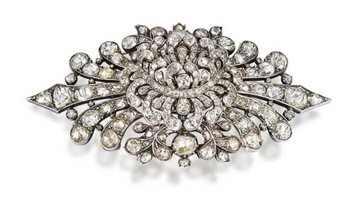 Stomacher Diamond
