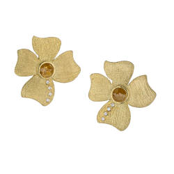 alishan-39-earrings-18k-yellow-gold-diamonds
