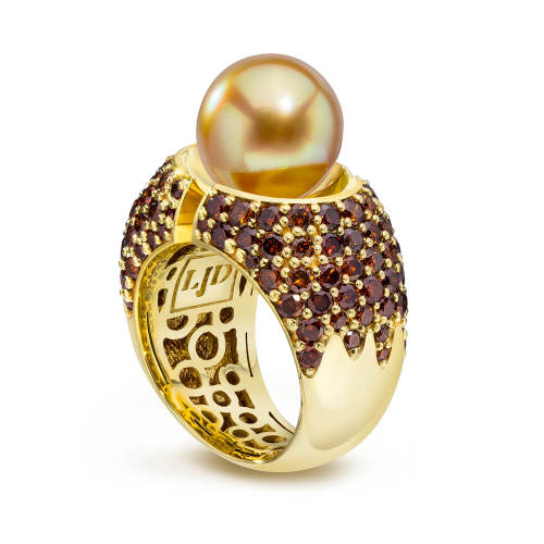 Divided Ring with Pearl and Cognac Diamonds