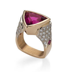 lweinberg-10-ring-18kt-yellow-gold-tourmaline-ruby.jpg