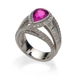 lweinberg-17-ring-platinum-sapphire-diamond.jpg