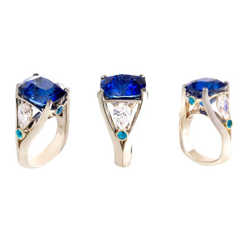 Ring with Natural Ceylon Sapphire