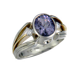rika-jewelry-designs-5-ring-18kt-white-gold-18kt-yellow-gold-diamonds-spinel