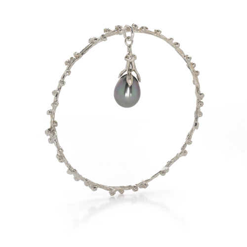 Palm Berries Bangle with Pearl Charm Silver