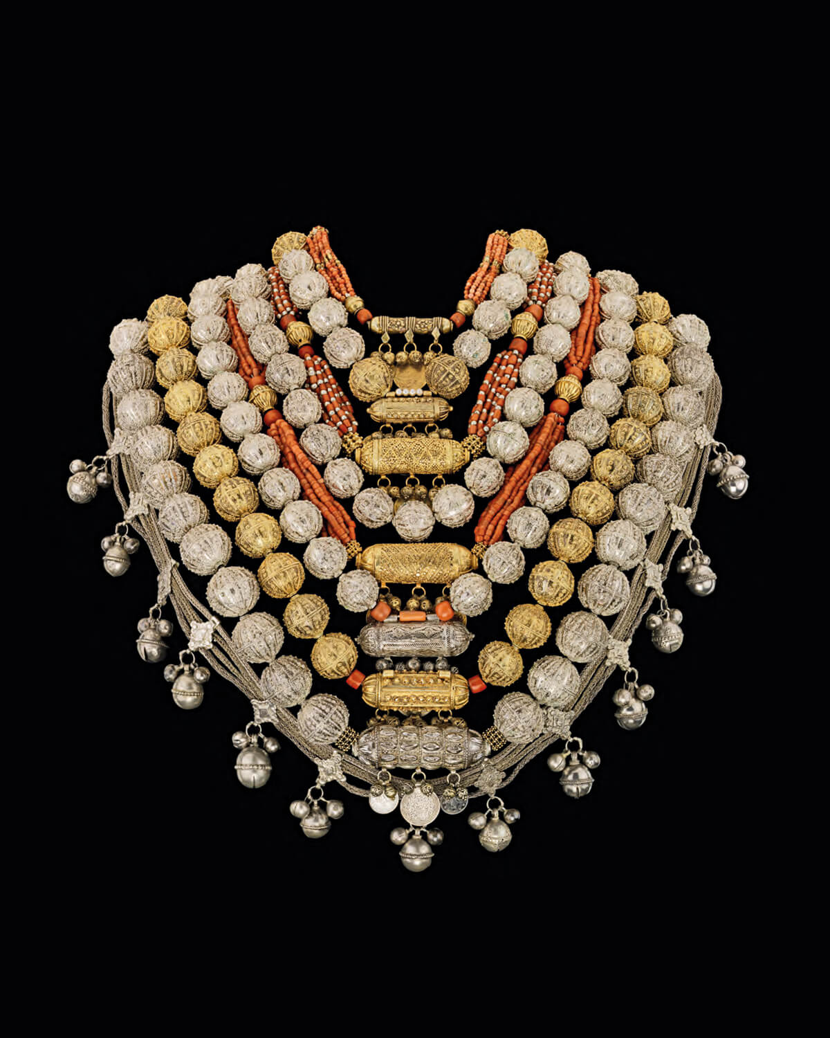 Israel jewelry in israel multicultural diversity 1948 to the present 02 Bridal jewellery, Sana'a