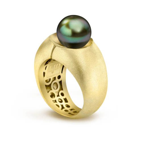 Divided Ring with Pearl
