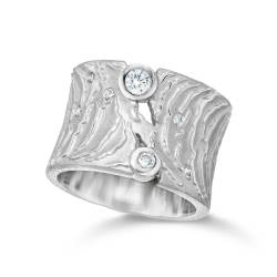 ljd-designs-118-W-103-ring-18-kt-white-gold-diamonds