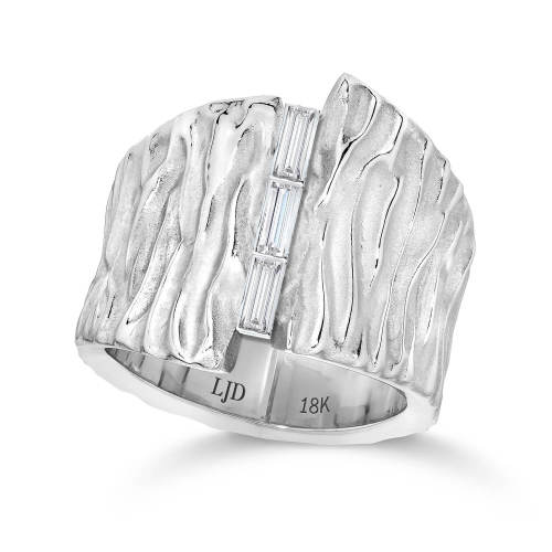 Seagrass Wedding Ring with Baguette Diamonds