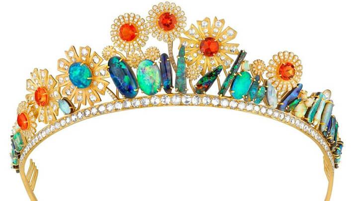 unique-spring-bridal-tiaras-featured-image