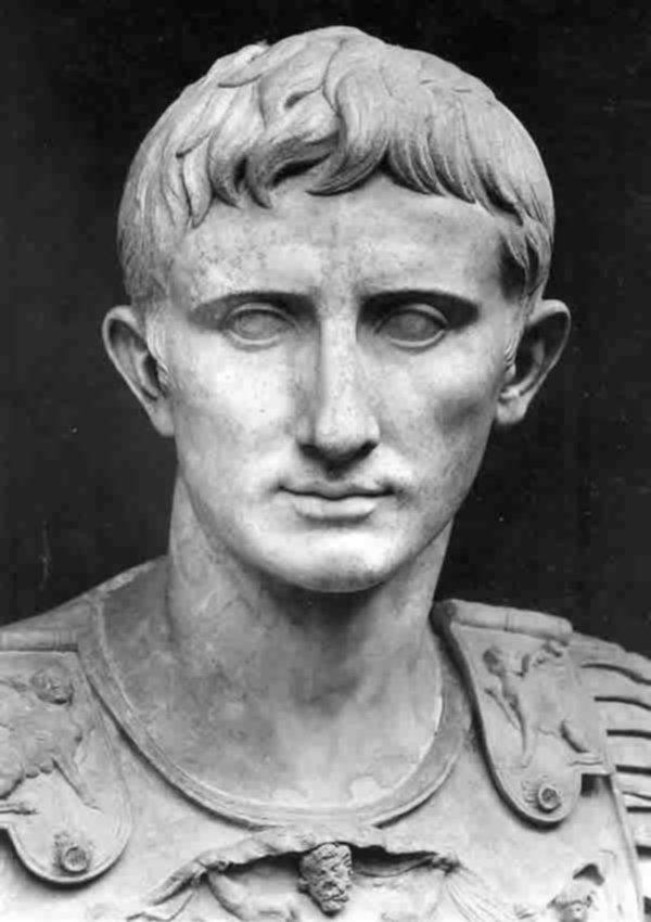 Fig.6: Augustus portrait. Statue from Primaporta, Vatican, Braccio Nuovo Gallery