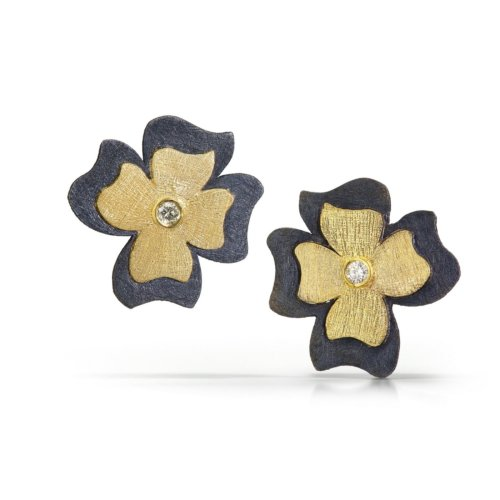 Gold flower earrings with diamonds